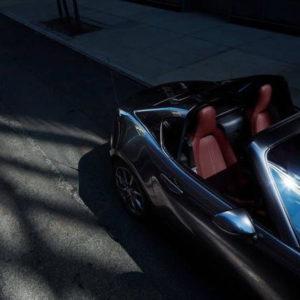 マツダロードスターの商品改良と特別仕様車SILVER TOPを設定